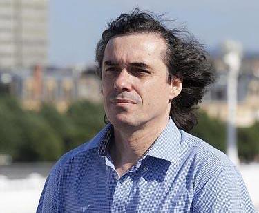 Mircea Cărtărescu, Premio Euskadi de Plata por 'Las bellas extranjeras'